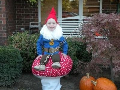 coolest-homemade-garden-gnome-halloween-costume-17-21426846